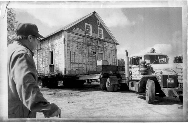 Henderson House being moved to St. Norbert on September 11, 1979.