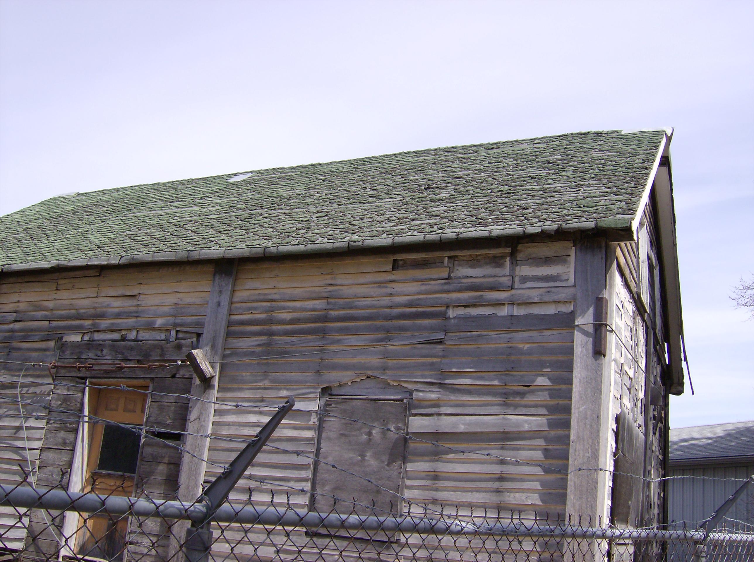 North east winnipeg historical society north kildonan for Henderson house